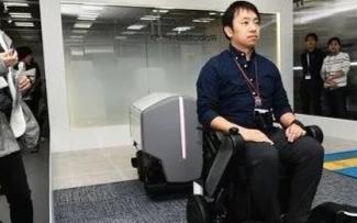 """松下展示""""第三只手""""等最新机器人技术,前UPS执行副总裁加入蓝胖子机器人"""