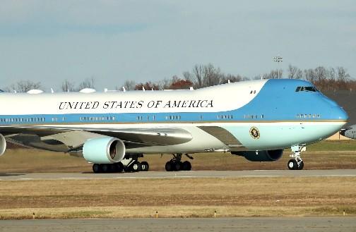 2024年美国将成功打造出两架机型是波音747的新专机空军一号