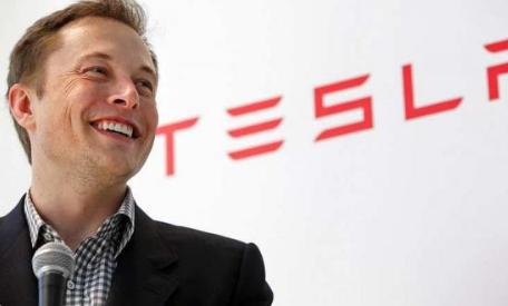 完全自動駕駛技術或能夠幫助特斯拉重獲投資者與消費...
