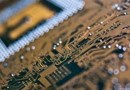 南亚科启动自主研发的10纳米世代制程研发 将扩大办理超过100人以上的研发人才招募