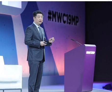 华为希望在未来五年内再让5亿人受益于数字技术