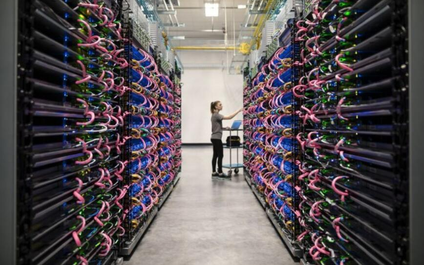 谷歌发布基于机器学习框架TensorFlow模块 改善AI模型的隐私保护