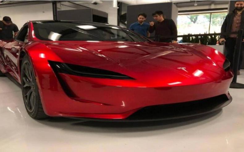 特斯拉对Model等车型突然大幅降价 全新Roadster破百仅2.1秒