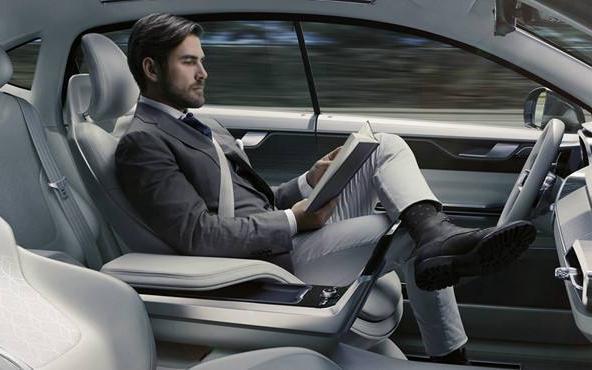 当今汽车行业剧烈的大变局下,自动驾驶的出路到底在...