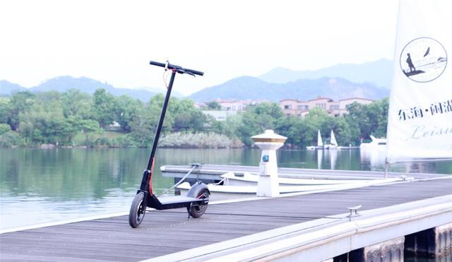RND电动滑板车评测 很好的解决了短距离代步的需求