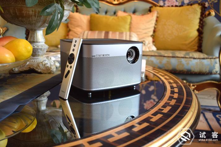 极米H1无屏电视评测 在家里就能享受到影院一般的震撼感觉