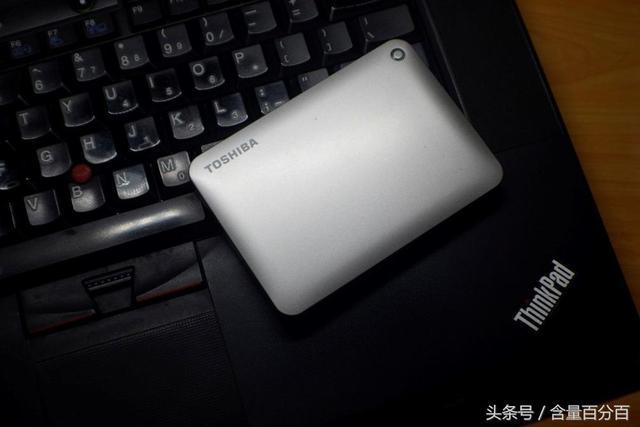 东芝V8CANVIO移动硬盘评测 日常必备TYP...