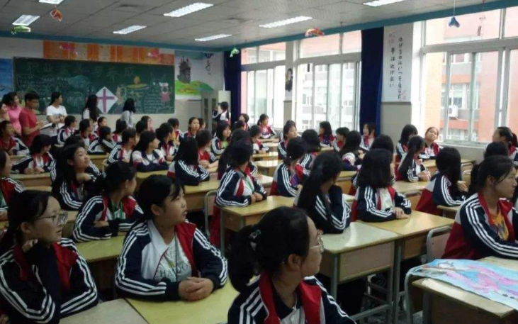 專業機構對教室照明進行檢測 有了驚人發現