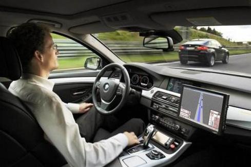 自动驾驶车辆没有识别到的危险 人类驾驶员往往也无...