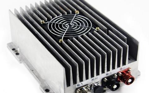 flex电源模块宣布推出1/4砖式大功率1300.