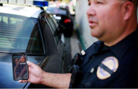 美国政府计划在全美20大机场对旅客进行人脸识别扫描以防范罪犯
