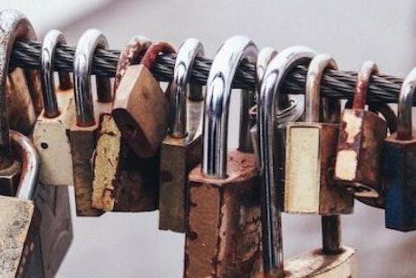 区块链技术可以为互联网保护和数据隐私问题提供一个理想的解决方案