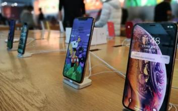 降价也救不了苹果? iPhone中国市场持续低迷,同比萎缩近70%