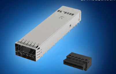 OSFP输入/输出连接器通过八条电通道提供了40...