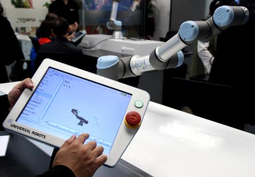 优傲释放协作机器人红利 加速实现低成本柔性化生产
