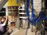 谷歌研发出一种超低功耗低温集成电路,有助于解决量...