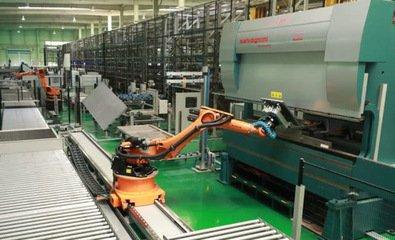 央地一揽政策直击工业机器人的产业短板