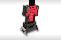 MiniBridge連接器滿足了汽車的安全需求 能提供更加牢固的連接