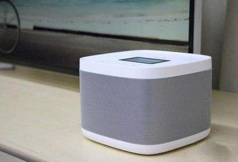 超过80%的智能音箱用户都使用过回答问题、听音乐...