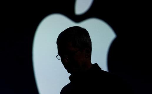 苹果进行iPhone问世后最重大转型:硬件时代转...
