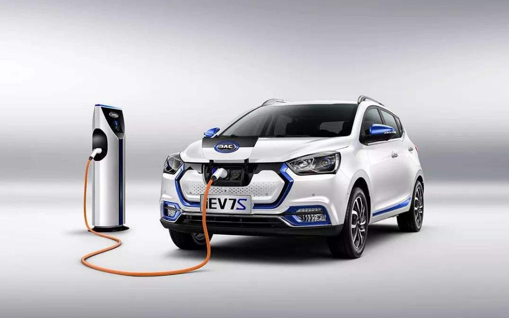 汽车三包新规出台:关于动力电池衰减的质保标准发布