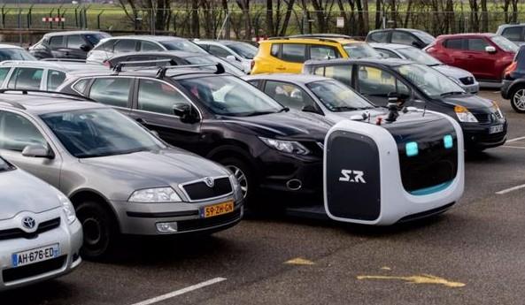 自动泊车系统,你会放心地将汽车交给机器人吗?
