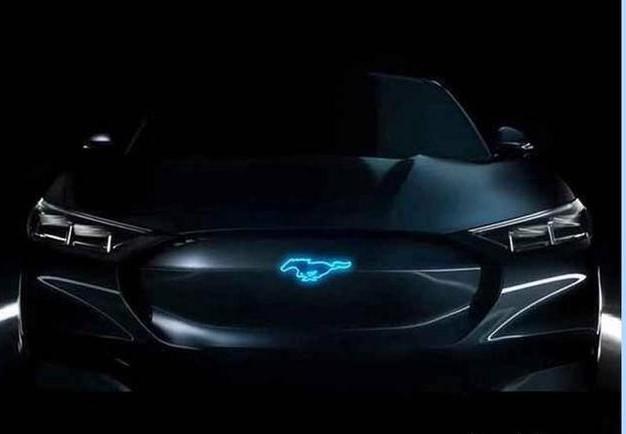福特全新纯电动SUV曝光,续航超480km