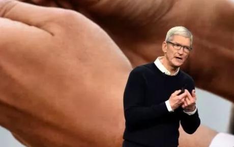 苹果发布会All In服务 iPhone技穷苹果10年来最大转型