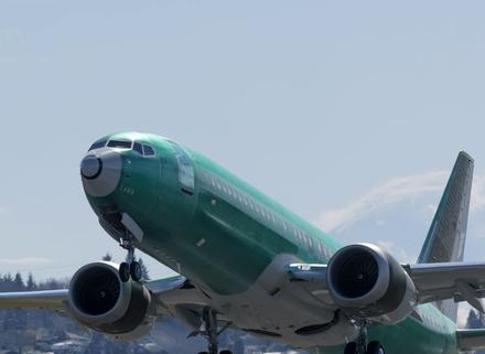 美国联邦航空管理局已批准波音737 MAX飞机的...