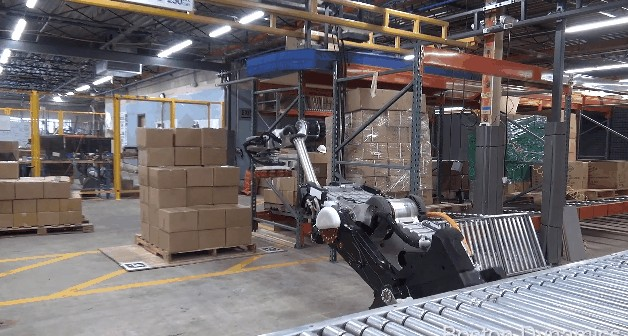 Handle推出新款带轮子的机器人 擅长推箱子