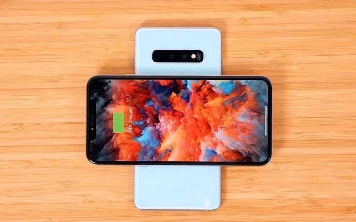 郭明錤:苹果新款iPhone将配大电池 支持双向充电功能
