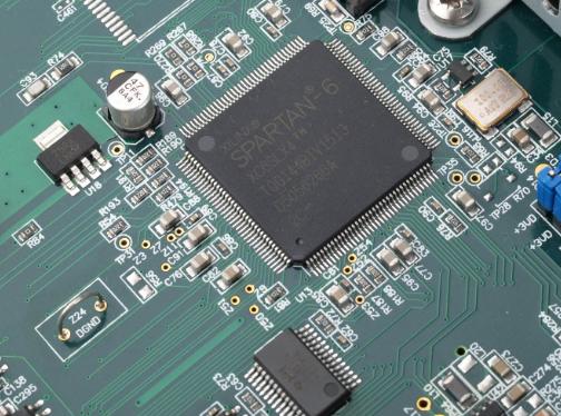 FPGA市場由賽靈思和英特爾分割 英特爾收購Altera后競爭更激烈