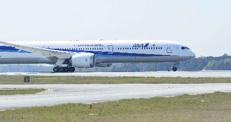 波音公司向全日空航空交付了首架787-10飞机