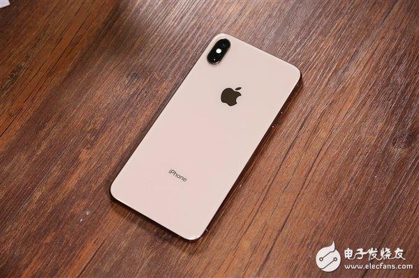 新iPhone或支持双向无线充电 可在没有数据线的情况下为AppleWatch和AirPods充电
