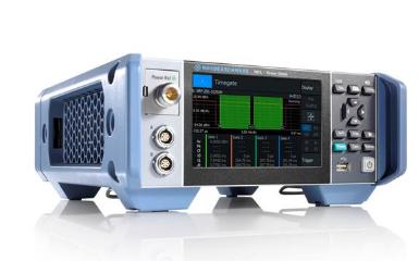 新型射频功率计R&S®NRX配备了触摸屏