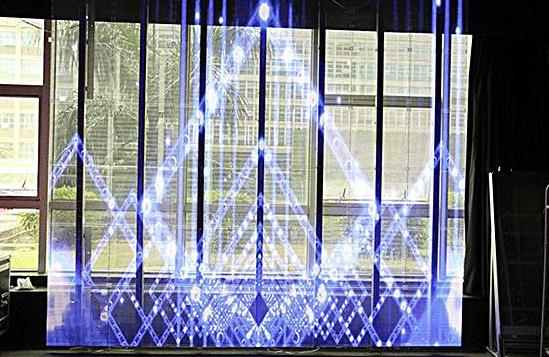 LED玻璃屏如何颠覆传统LED灯条屏