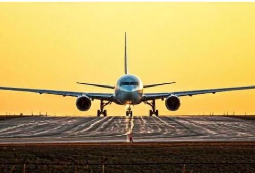 中国飞机租赁企业暂停了100架波音737MAX订...