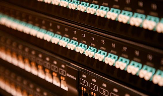 RJ模塊是布線系統中連接器中的一種 RJ45模塊是連接器中的最重要插座