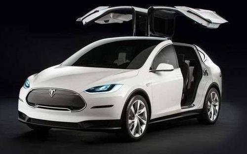 特斯拉Model 3装车内摄像头 马斯克解释为造自动化出租车