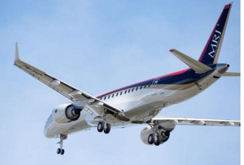 三菱重工的MRJ飞机在美国开始了?#29616;?#39134;行并进入到了测试阶段