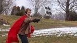 飞个锤子,外国小伙打造会飞的雷神之锤