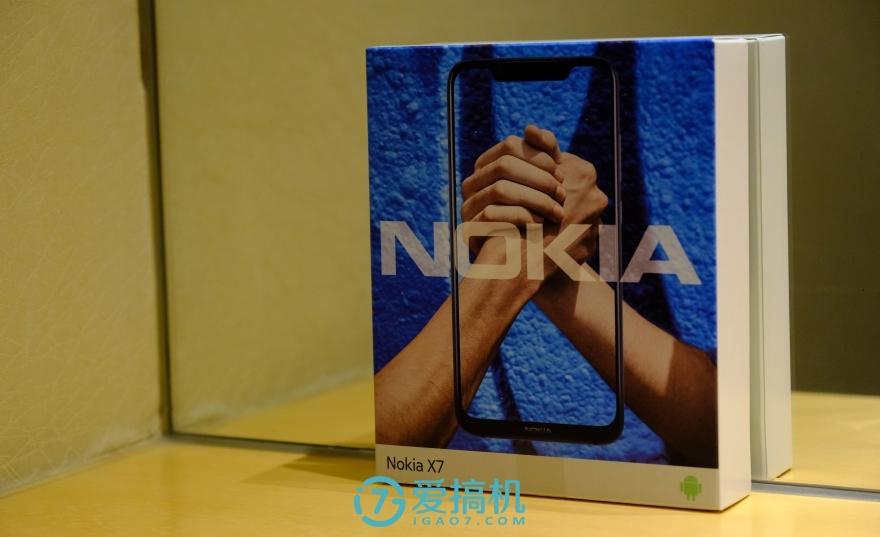 诺基亚X7高清图赏