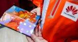 京东方为代表中国的显示器制造商正在加速扩大生产柔性OLED手机屏幕