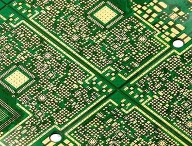 印制电路板的布线技巧及?#24515;?#20960;种最佳焊接方法