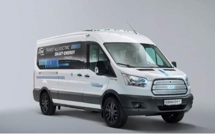 福特推出全新10座小巴 意图实现能源效率和电动车续航里程最大化