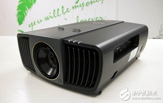 明基X12000H投影机评测 高端家用影音用户首选