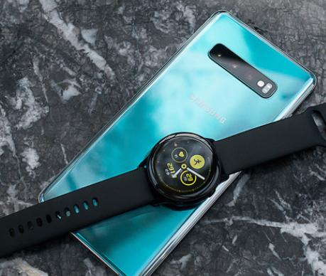 三星Galaxy Watch Active更小巧...