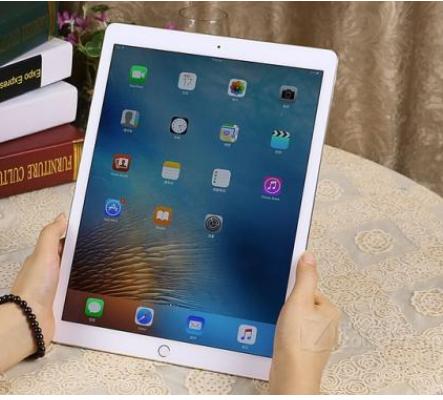 苹果在macOS 10.15中推出一个新功能可以把iPad作为Mac的显示器使用
