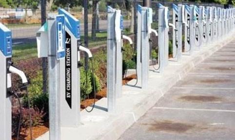 充电桩市场规模将超300亿元
