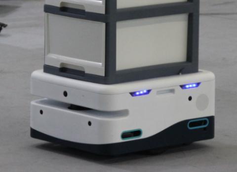 随着第三代AGV导航技术兴起 激光雷达传感器成了移动机器人的利器